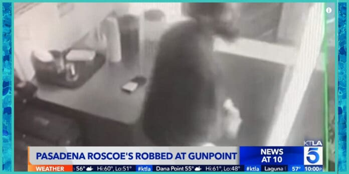maskless man kicked out of roscoes chicken and waffles restaurant returns to rob the place at gunpoint